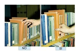 Cómo sacar un libro de la balda